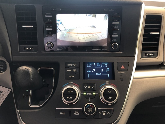 New 2019 Toyota SIENNA LE 3.5L LE