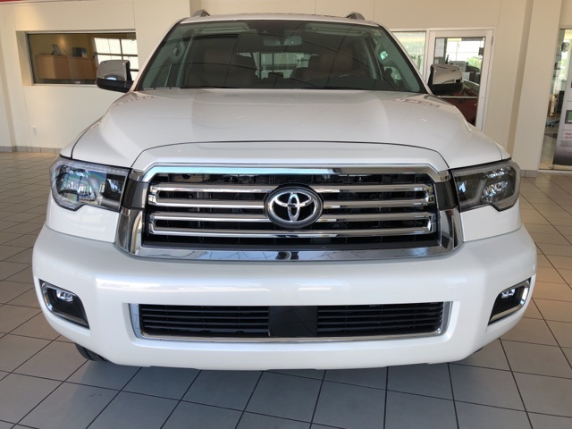 New 2019 Toyota SEQUOIA 4X2 Platinum