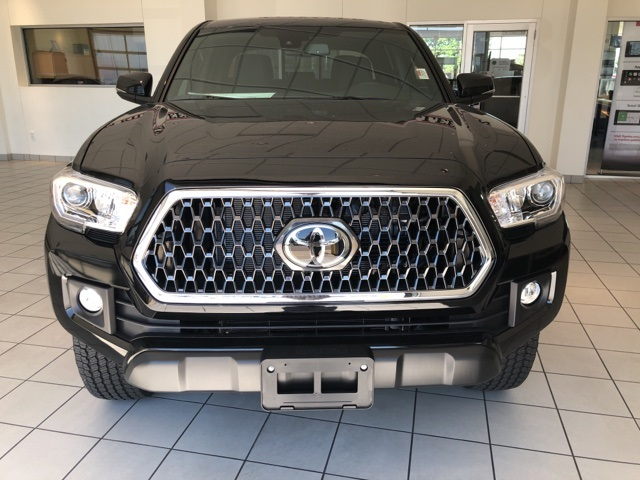 New 2019 Toyota TACOMA TRD OFFRD