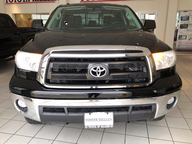 Pre-Owned 2013 Toyota Tundra Grade